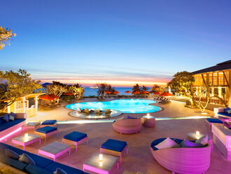 Ocean View Pool Bar